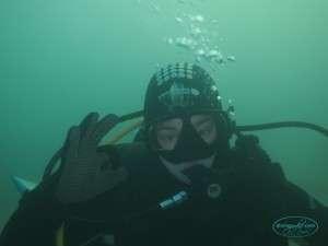 happy_diver